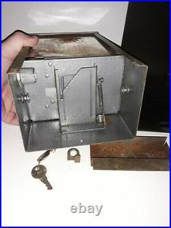 1935 Moderne Peanut Vendor Vending Machine restored coin operated