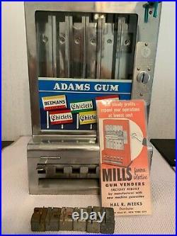 Antique 1930's Adams / Mills Penny Gum Machine Coin Operated (ESTATESALE ITEM)