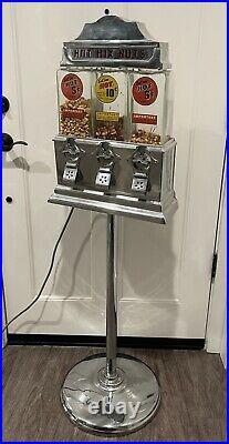 Antique Vintage Aluminum Art Deco Challenger Coin Op Hot Peanut Vending Machine