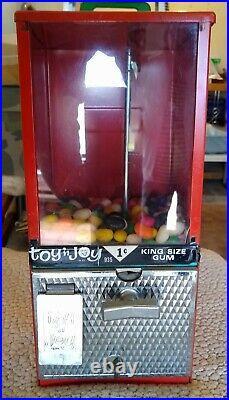 Becker 1950's Vintage One-Cent Coin-Op Gum Machine Toy N' Joy With Key