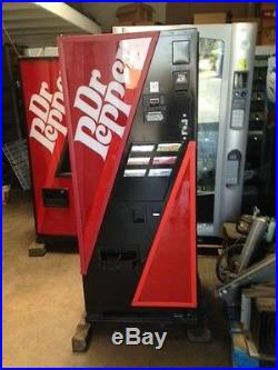 Dr Pepper Dixie Narco 240-6 Flat Front Soda Vending Machine WithCoin & Bill Valid