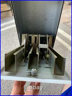 Old Vtg US Mail Postage Metal Stamp Machine Dispenser Coin 25/25 Cent With Keys