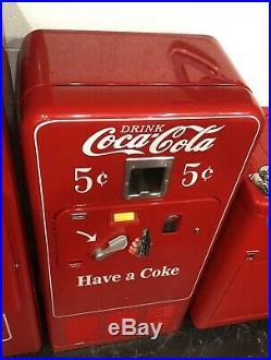 Original 1950's Antique COKE MACHINE Coca Cola RESTORED Coin Op Vending VMC 33