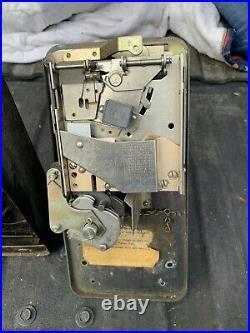 Original Vintage Ideal 35 55 85 Glasco 50 Coin Mech Soda Machine VMC Vendo Look