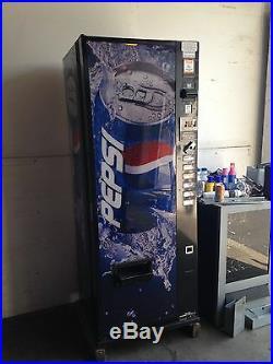 Pepsi/Coke Dixie Narco 276-6 Flat Front Soda Vending Machine WithCoin & $Bill'S