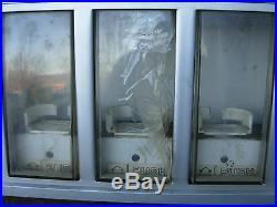 Rockola Can Soda Vending Machine Model CCC5 includes coin mech & dollar acceptor