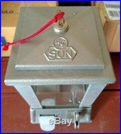 Sun Gum Vending 1940s 5-Cent Coin-Op Machine (L. A. Manuf.) Art Deco Design