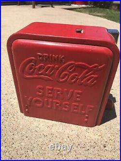Vintage Coca Cola Vendo Spin Top Jr Vending Machine Cooler Coin Cover Part COKE