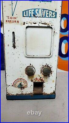 Vintage Coin Op Wrigley's Gum Dispenser. 5 Cent Vending Machine