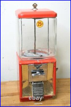 Vintage Parkway Northwestern Gumball Candy Vending Coin Machine red with Key