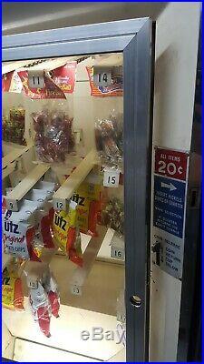 Vintage Toms 20 cent Vending Machine Gas Station Coin Op Dispenser